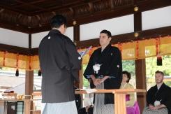 Kyoto, 20/20/2016 - Marco Massarotto riceve per l'Italia il riconoscimento Sake Samurai 2016 da Kazuhiro Maegaki, presidente del junior council di JSS.