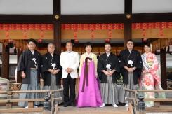 Kyoto, 20/20/2016 - I 5 sake samurai 2016 con Kazuhiro Maegaki, presidente del junior council di JSS, e Miss Sake 2016.